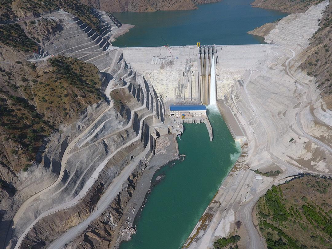 Avrupa'nın en büyük barajı olan Çetin Barajı ve Hidroelektrik Santrali